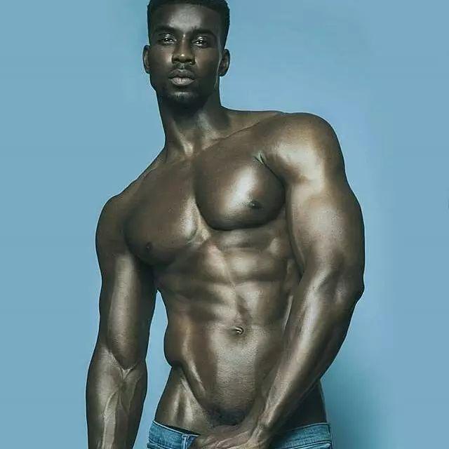 福建同志别练了!据说爱健身的男人,10个有9个都是gay