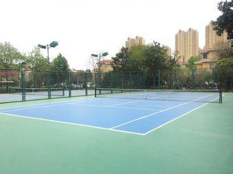 顶点网球俱乐部(佳和花园店)