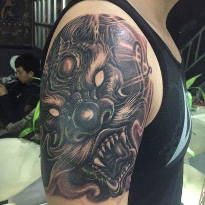 大臂龙纹身款式图