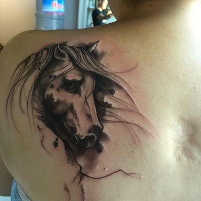写意马纹身图