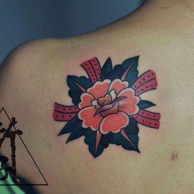 玫瑰school纹身图