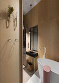 140平米三室一厅东南亚风格卫生间装修效果图