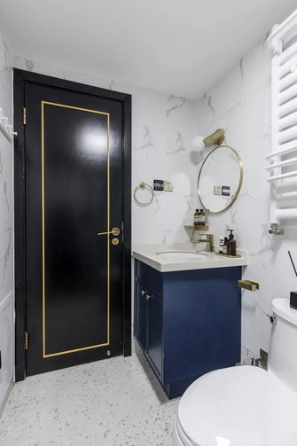 130平米三室两厅英伦风格卫生间装修图片大全