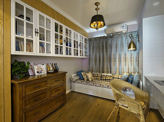 130平米三室一厅地中海风格书房图