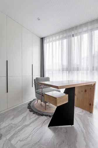 80平米三室一厅现代简约风格阳台装修案例