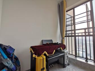 110平米三室两厅现代简约风格储藏室装修案例