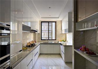 130平米三室两厅中式风格厨房图