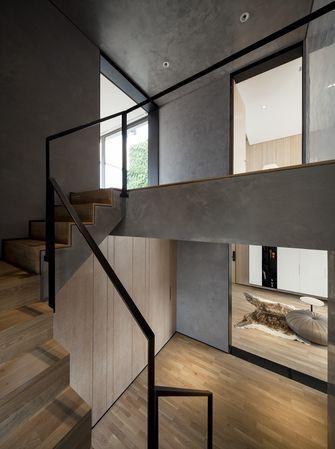富裕型140平米三室一厅现代简约风格楼梯图片