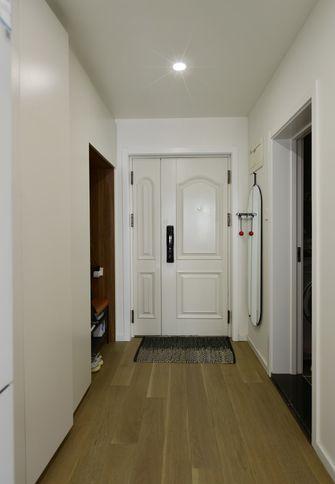 60平米公寓北欧风格玄关装修案例