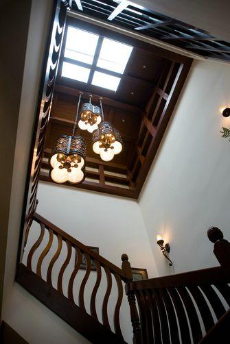 100平米东南亚风格楼梯间图
