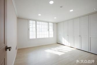 110平米三室两厅英伦风格衣帽间图