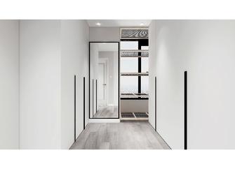 120平米三室两厅现代简约风格衣帽间欣赏图