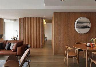 130平米三室两厅日式风格走廊图片