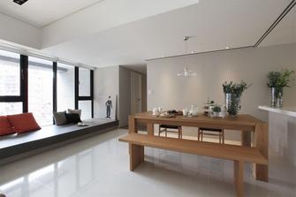 130平米日式风格客厅图片