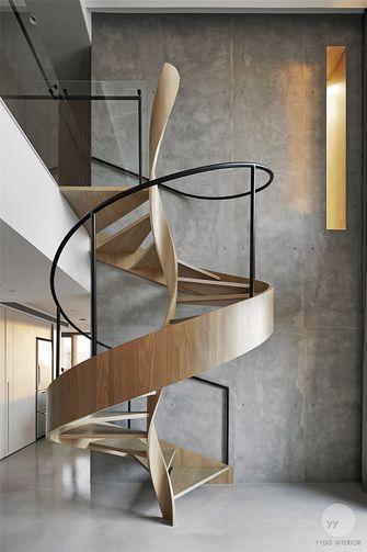 130平米英伦风格楼梯间图