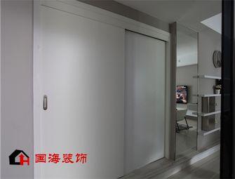 5-10万130平米三室两厅英伦风格走廊效果图