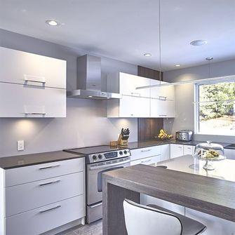 130平米三室一厅地中海风格厨房效果图