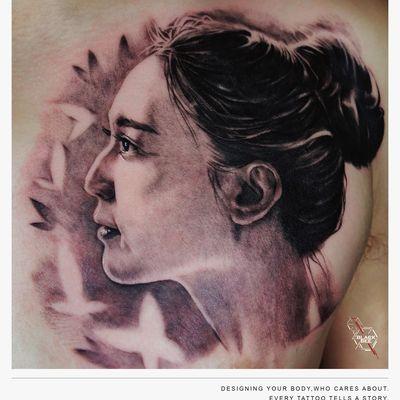 人物头像写实美女纹身图