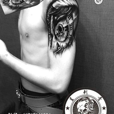 欧美写实眼睛罗马钟纹身款式图
