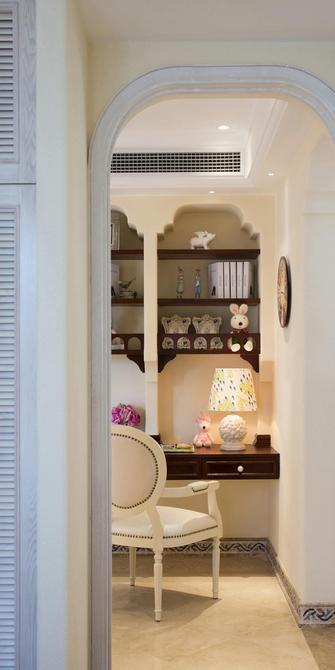 130平米三室一厅地中海风格书房图片