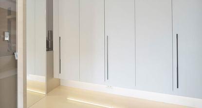 100平米现代简约风格储藏室图