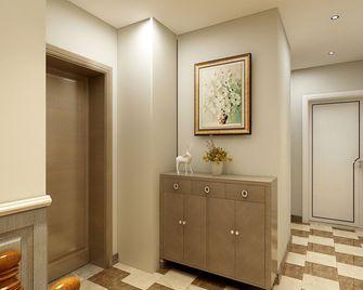 130平米四室一厅美式风格走廊图