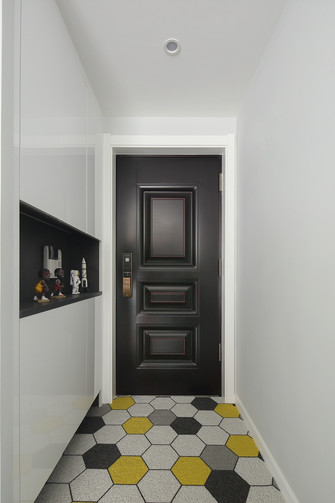 80平米现代简约风格走廊图