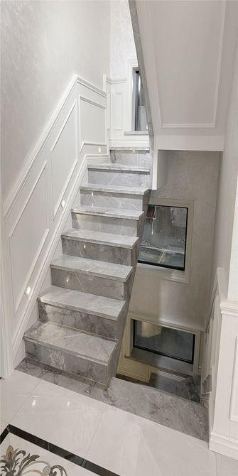 null风格楼梯间图片