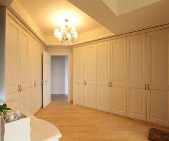 富裕型140平米三室一厅欧式风格衣帽间鞋柜图片大全