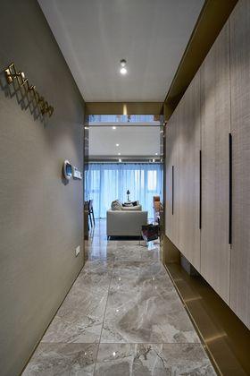 120平米三室兩廳現代簡約風格走廊欣賞圖