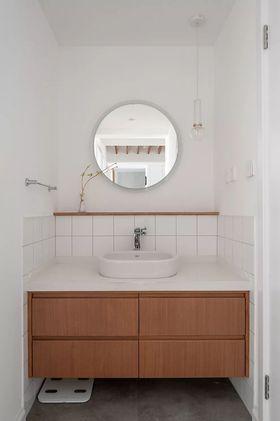 120平米三室一厅现代简约风格卫生间设计图