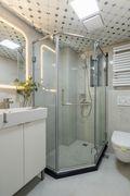 80平米公寓混搭风格卫生间装修效果图