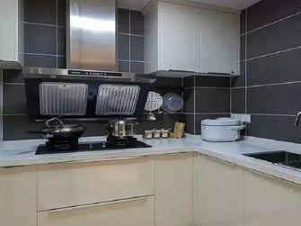 110平米三室两厅现代简约风格厨房橱柜图片