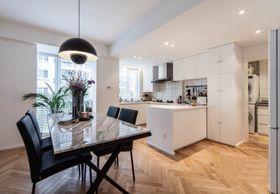 富裕型140平米三室兩廳現代簡約風格餐廳效果圖
