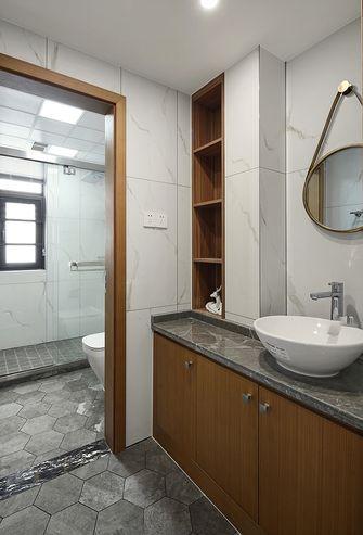 140平米三室一厅混搭风格卫生间图片