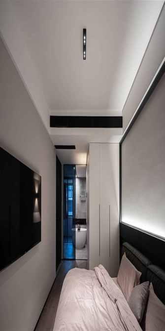 130平米三室四厅现代简约风格走廊装修案例