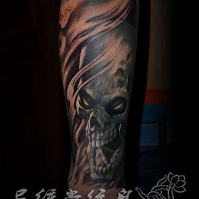 彩色欧美骷髅纹身图