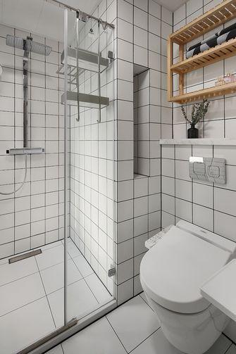 130平米三室两厅日式风格卫生间设计图