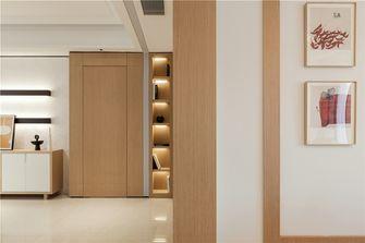 140平米四现代简约风格走廊图