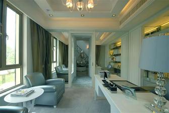 110平米三室两厅欧式风格客厅沙发装修效果图