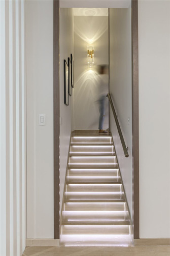 110平米三室两厅其他风格楼梯间欣赏图