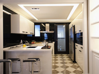 130平米四室两厅地中海风格厨房装修案例
