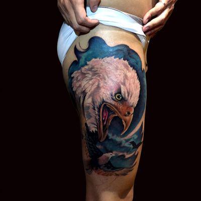 包头鹰纹身图