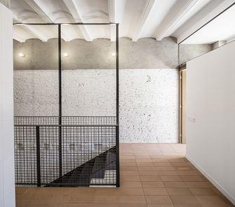 140平米复式其他风格走廊图