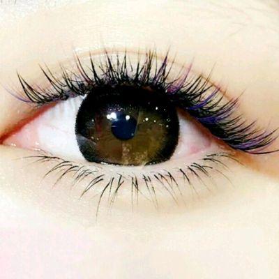 彩色美睫美甲图