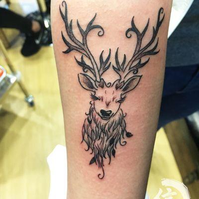 咪咪鹿纹身图