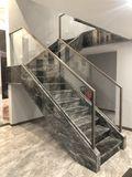 null风格楼梯间装修效果图