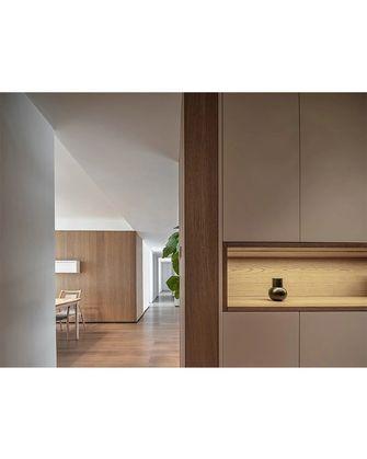 140平米三室两厅日式风格走廊欣赏图
