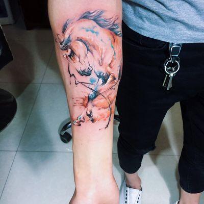 水墨马纹身款式图