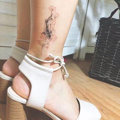 水墨鱼纹身款式图